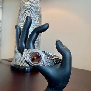 Gucci 5500L Ladies Watch w/ Diamonds
